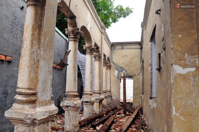 Biệt thự cổ hơn 100 năm tuổi ở Sài Gòn bị đập bỏ khiến nhiều người tiếc nuối - Ảnh 15.
