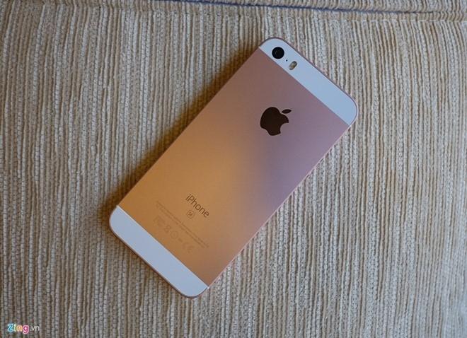 iPhone SE ruot iPhone 5 tran ngap o Sai Gon hinh anh 1