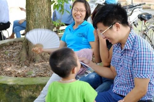 Theo chân các cô ấm cậu chiêu Hà Nội lên chùa tham dự khóa tu mùa hè - Ảnh 10