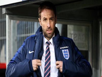 Gareth Southgate lên ghế HLV trưởng tạm quyền tuyển Anh