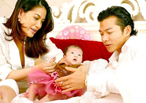 Con gái Trương Ngọc Ánh và Trần Bảo Sơn ra đời trong niềm hạnh phúc vào năm 2008.