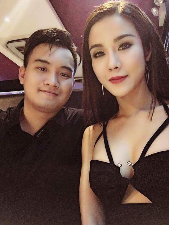 Clip: Diệp Lâm Anh khóa môi nồng cháy với bạn trai tại Hàn Quốc - Ảnh 2.