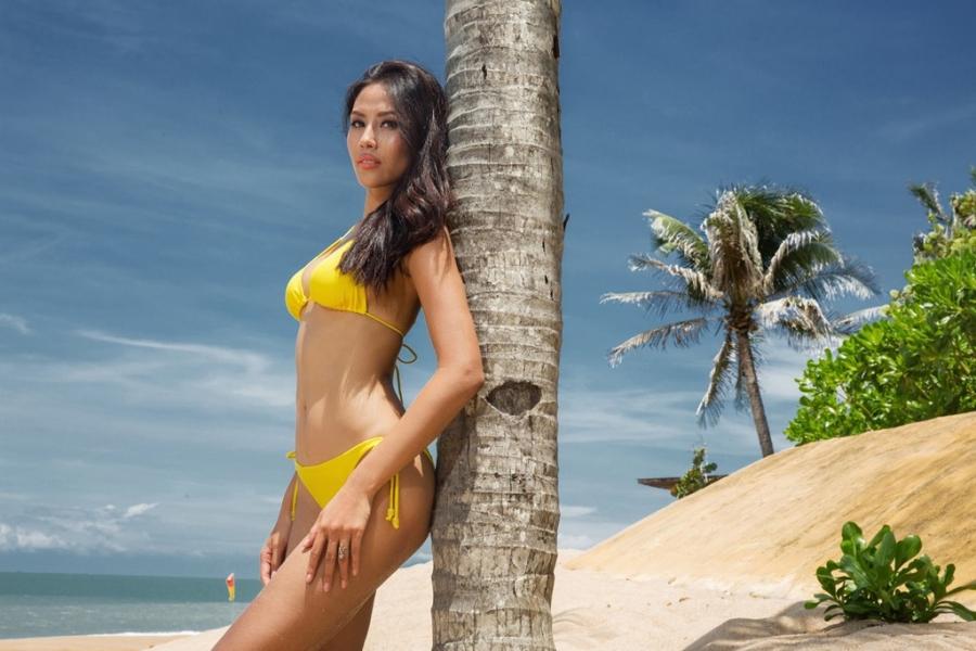 Nguyen Thi Loan dien bikini nong bong hinh anh 3