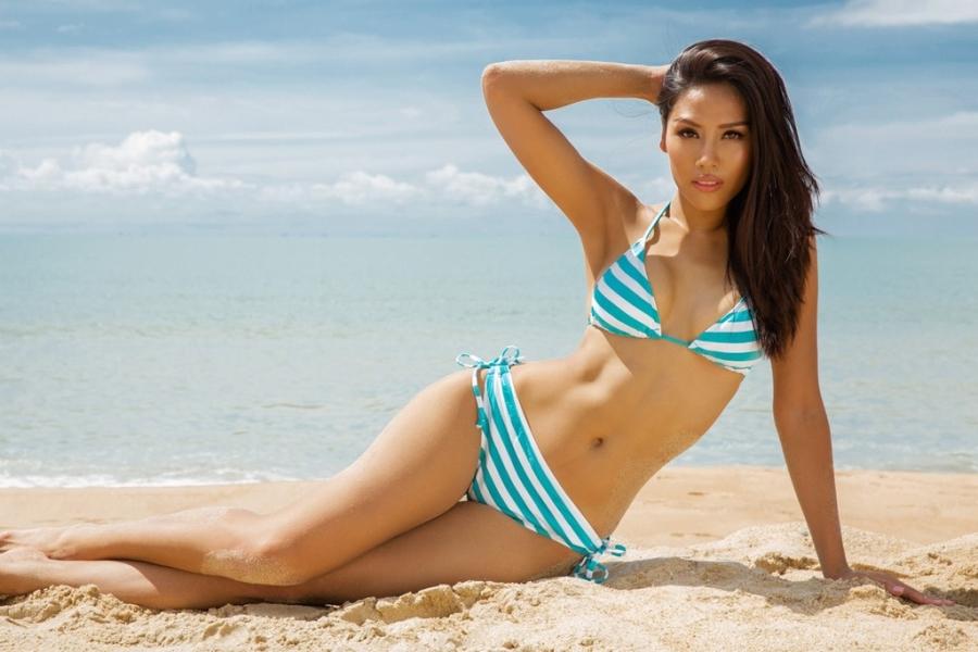 Nguyen Thi Loan dien bikini nong bong hinh anh 6