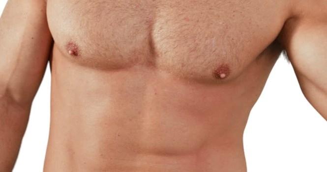 Núm vú nam cũng có thể tiết sữa và nam giới cũng có khả năng bị ung thư vú /// Ảnh: Shutterstock