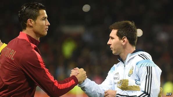 Ronaldo keu goi Messi manh me, dung bo cuoc hinh anh 6