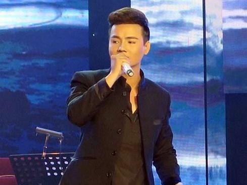 Trần Quang Hiếu: 'Tôi mất trắng, phải cầm cố nhà vì làm liveshow Đời ca sĩ' - ảnh 2