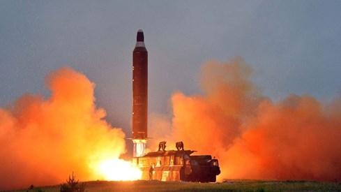 Triều Tiên huy động toàn dân góp nồi, chảo... cho công trình trăm triệu USD - ảnh 2