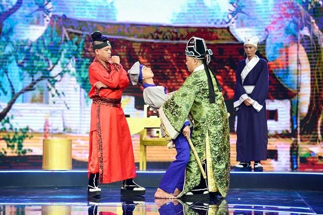 Hoc tro Hoai Linh dung chan sau nhieu tuan bi Tran Thanh che hinh anh 2