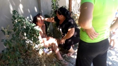 2 bà vợ hợp lực túm tóc, lôi nhân tình chồng dọc phố dậy sóng mạng - Ảnh 3