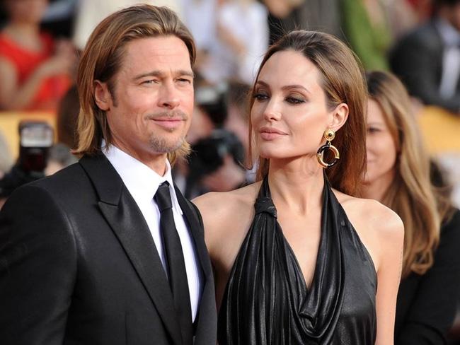 Angelina Jolie đã tìm luật sư để chuẩn bị ly hôn với Brad Pitt? - Ảnh 4.