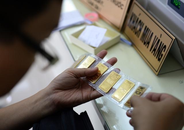 Tính chung trong tháng 6 giá tăng 1 triệu đồng/lượng. Mức tăng mạnh của tháng 6 đã giúp cho giá kim loại quý tăng khoảng 2,2 triệu đồng/lượng trong quý II (ảnh minh hoạ).