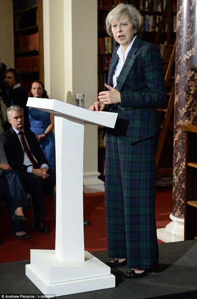 Nữ chính trị gia ủng hộ Anh ở lại EU - Bộ trưởng Nội vụ Theresa May là ứng viên sáng giá nhất. Ảnh: Daily Mail