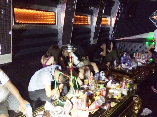 Bí mật ghê sợ sau vẻ 'sang chảnh tới bến' ở Karaoke Ruby Hải Phòng - Ảnh 3