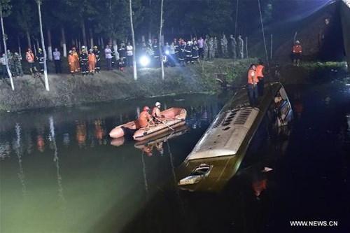 Tai nạn xe buýt thảm khốc trên cao tốc, 26 người chết - ảnh 4