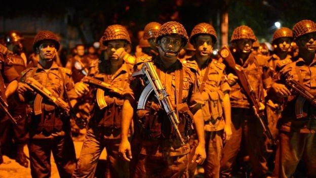 Cảnh sát được triển khai để ứng phó với vụ tấn công (Ảnh: Getty)