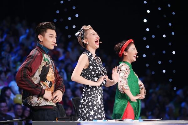 Với Tóc Tiên, cô cảm thấy mình quá nhỏ bé trước tài năng của Bảo Trân.