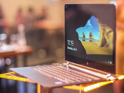 Laptop mỏng nhất thế giới về Việt Nam, giá 43 triệu đồng
