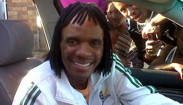 giả mạo, đóng giả, lừa đảo, tội lừa đảo, danh ca, nam danh ca, Nam Phi