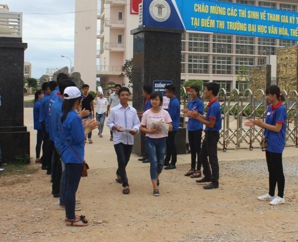 Thí sinh tại Thanh Hóa hoàn thành xong môn thi Lịch sử