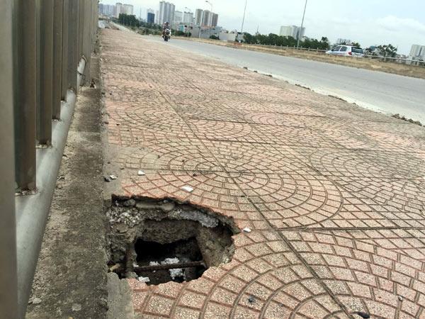 cầu vượt, bên tông bằng xốp, tham nhũng, điều tra, Hà Nội