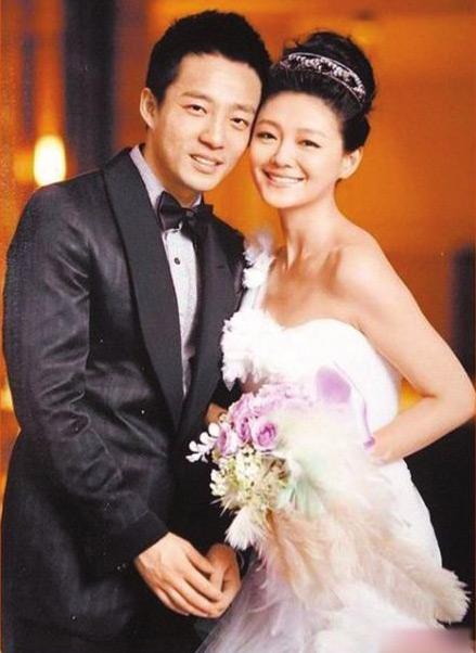 Chuyện tình yêu showbiz Hoa ngữ: Tình cũ của người này trở thành nửa kia của kẻ khác - Ảnh 8.