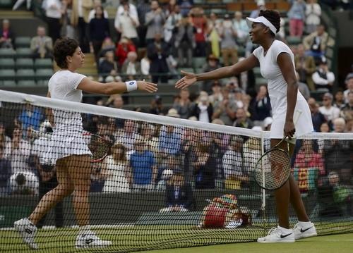 Venus sua chiến thắng trước Carla Navarro