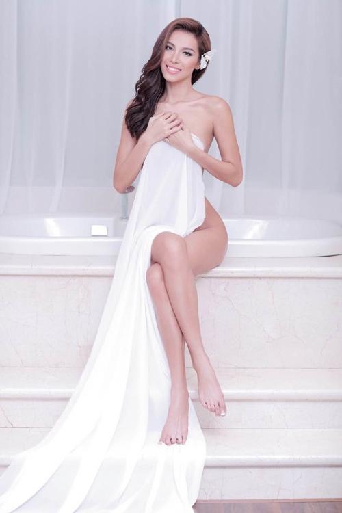 Người mẫu mê chụp nude nói gì khi được bỏ luật cấm? - 1