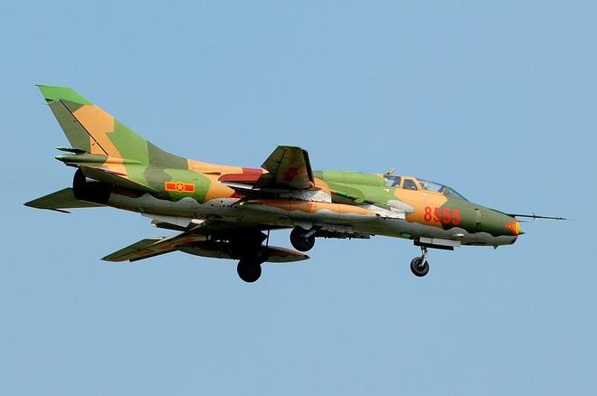 VN sắp mua số lượng lớn tiêm kích hiện đại để thay thế Su-22? - Ảnh 2.