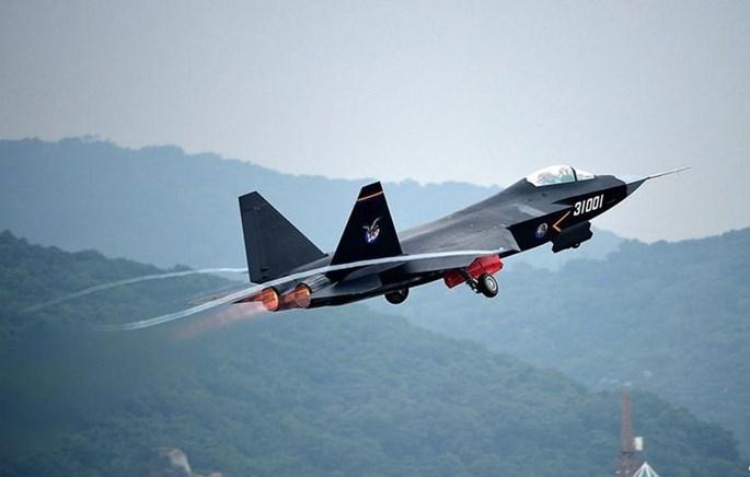 Báo Nga: Tiêm kích J-31 Trung Quốc chưa phải máy bay tàng hình - ảnh 3
