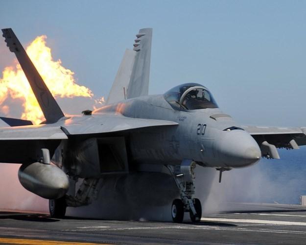 Ly do Viet Nam nen chon F/A-18E/F thay vi mua them Su-30-Hinh-2