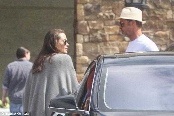 Angelina Jolie và Brad Pitt xuất hiện bên nhau đập tan tin đồn ly hôn 8