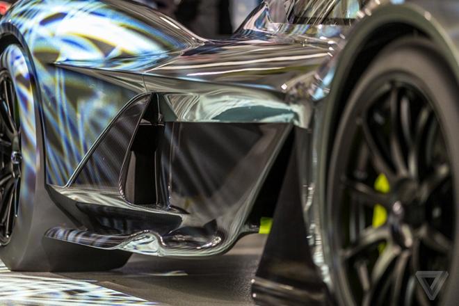 Aston Martin san xuat sieu xe F1 duong pho gia 4 trieu USD hinh anh 5