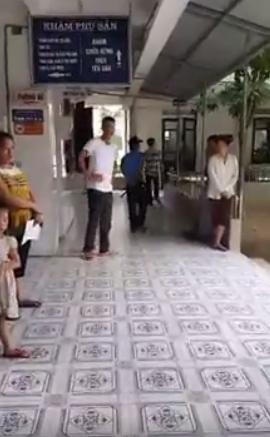 Bà ngoại gào khóc ở BV Giao thông Vinh vì sự tắc trách của bác sĩ? - Ảnh 4