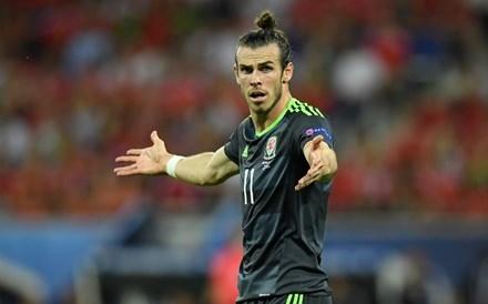 Gareth Bale không thể đưa xứ Wales vào chung kết.