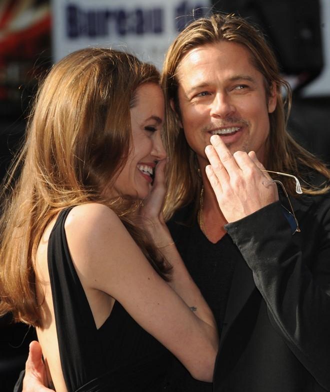 Khoanh khac dep cua Brad Pitt va Angelina Jolie trong 13 nam hinh anh 14