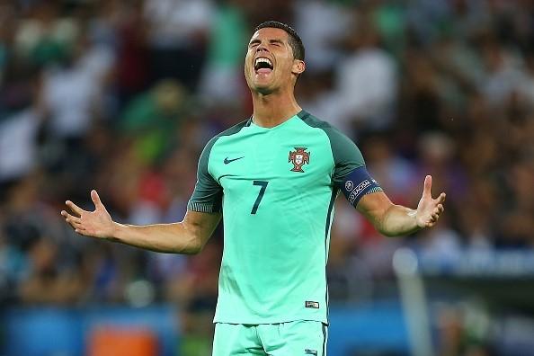 Ronaldo thi đấu bùng nổ ở trận Bồ Đào Nha thắng xứ Wales 2-0 để vào chung kết. Ảnh: Getty Imgaes