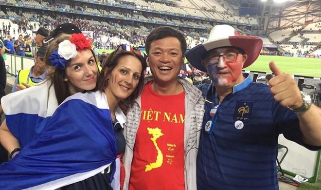CDV Viet Nam cuong nhiet co vu tran ban ket Euro 2016 hinh anh 3