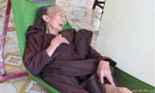 Ly kỳ bà lão trăm tuổi ở Bến Tre biết trước ngày giờ 'khuất núi' - Ảnh 3