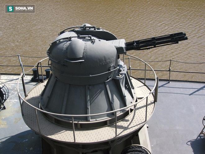 Uy lực đáng nể của pháo AK-230 trên chiến hạm Việt Nam - Ảnh 1.