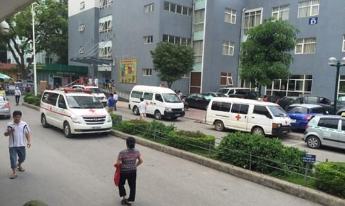Vụ bảo vệ BV Nhi T.Ư  chặn xe cấp cứu: Luật ngầm xe cứu thương - ảnh 2