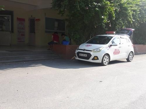BV Nhi Trung ương: Tiết lộ sốc giá bán 'lốt' cho taxi ABC độc quyền - Ảnh 4