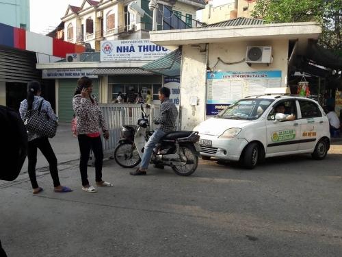 BV Nhi Trung ương: Tiết lộ sốc giá bán 'lốt' cho taxi ABC độc quyền - Ảnh 5