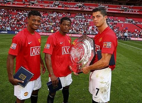 Ronaldo, Nani và Evra trong màu áo M.U