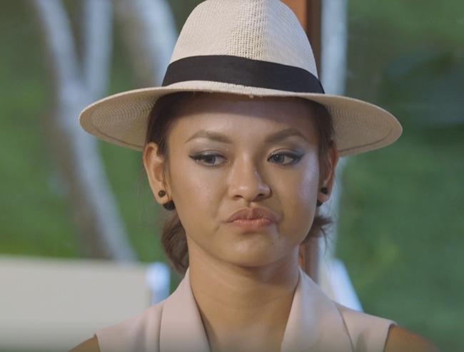 Quỳnh Mai nói gì về cái bĩu môi ở tập 4 The Face? - Ảnh 1.