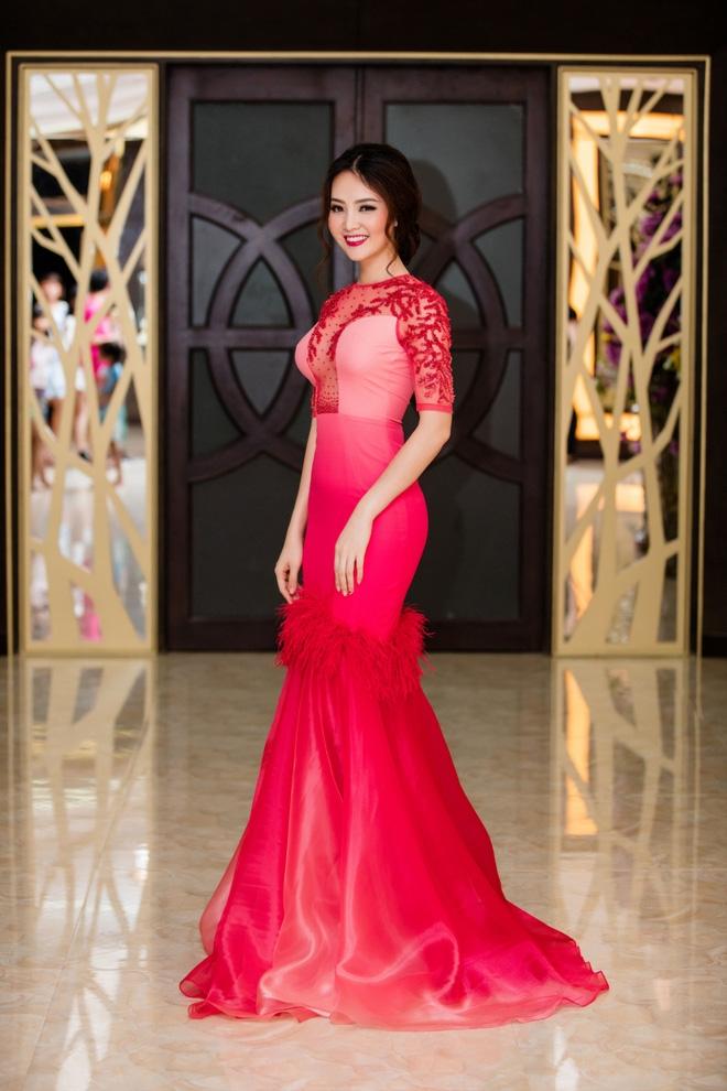 Á hậu Thuỵ Vân quá sexy  - Ảnh 10.
