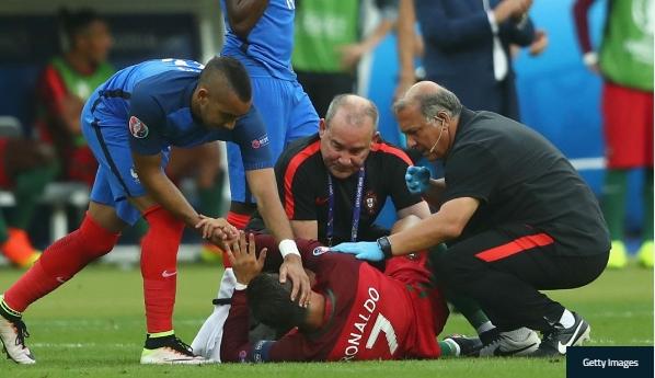 Dimitri Payet khang dinh khong co tinh khien Ronaldo dinh chan thuong hinh anh