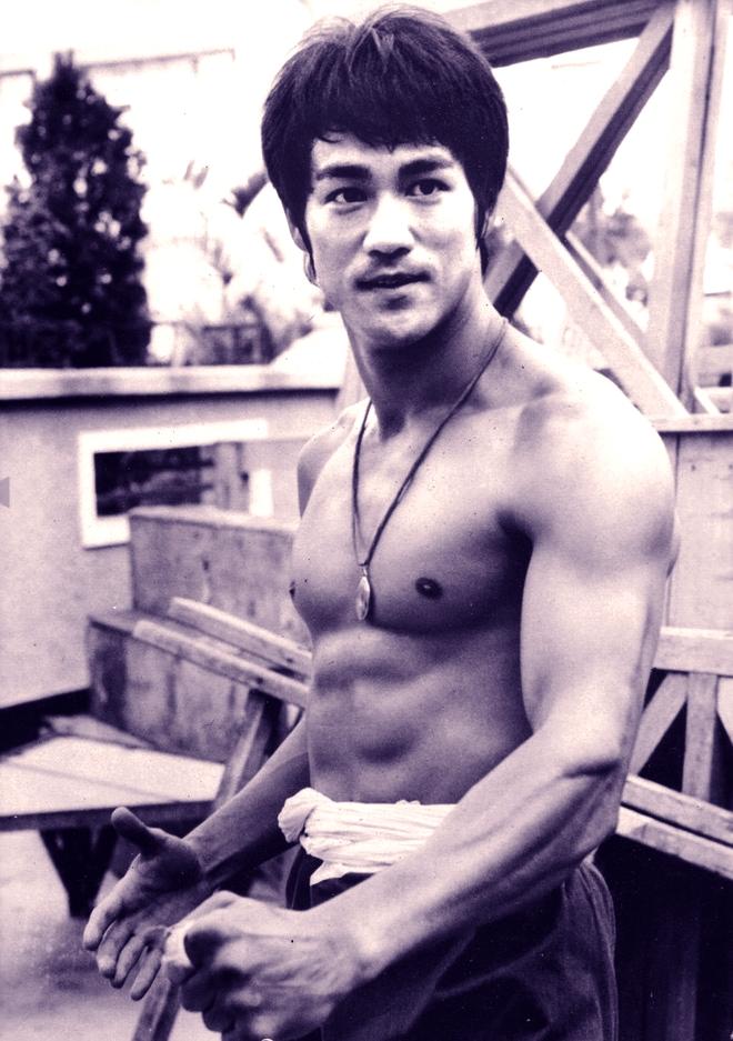 Những kỷ lục võ thuật đỉnh cao của Lý Tiểu Long chưa 1 ai phá vỡ - Ảnh 1.