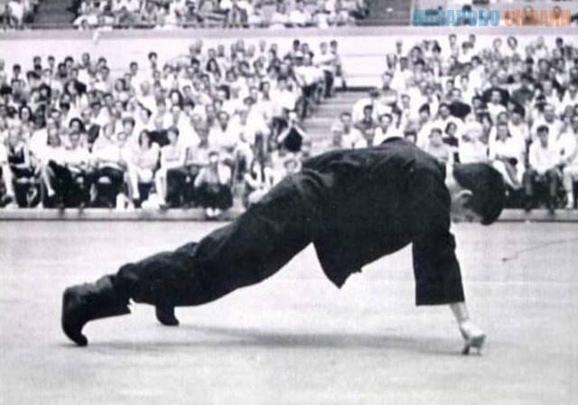 Những kỷ lục võ thuật đỉnh cao của Lý Tiểu Long chưa 1 ai phá vỡ - Ảnh 4.