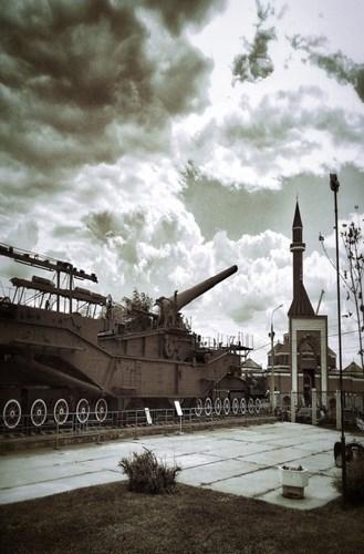Rợn người trước siêu pháo 340 tấn, nòng 305mm của Nga - ảnh 9